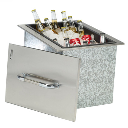 00002 Ice Chest with Cover and Drain