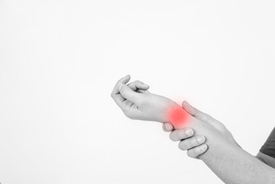 Treating Post-Op Carpal Tunnel Patients with Physical Therapy