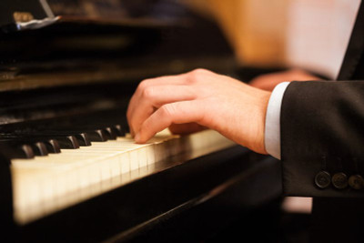 Treating musicians with Physical Therapy
