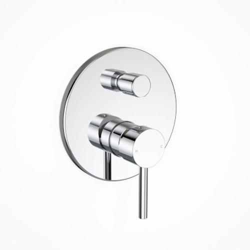 Blaze Pin Bath/Shower Mixer With Diverter [153040]