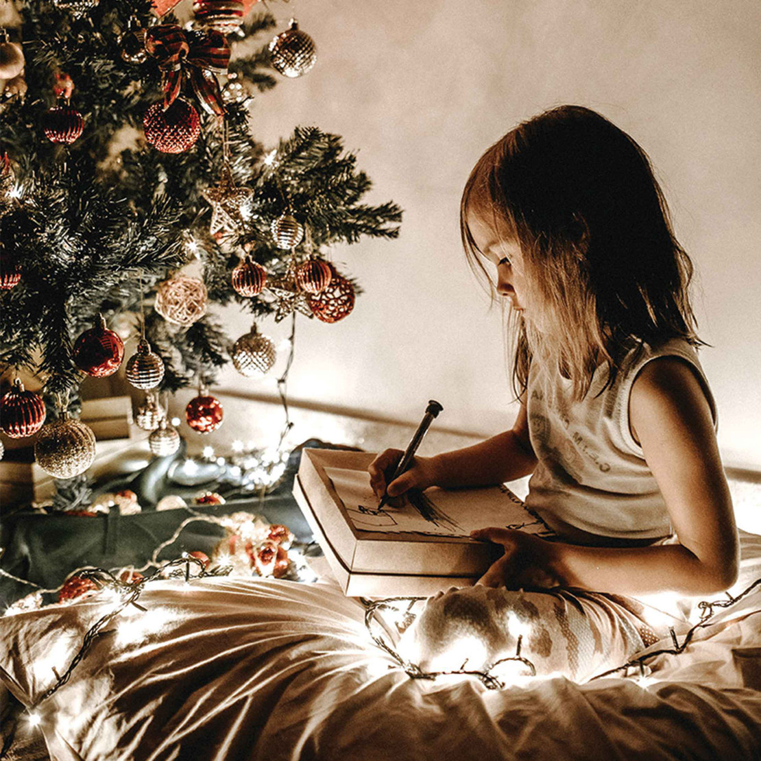 6 Holiday Traditions For You & Your Family