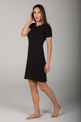 T-Shirt Yoga Shift Dress in Black