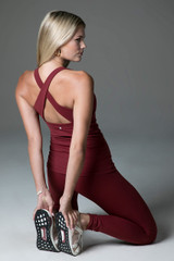 Renew High Waist Yoga Legging Sienna lifestyle shot horizon tank