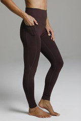 Duchess Sculpting Yoga Legging - Mahogany side pocket