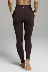 Duchess Sculpting Yoga Legging - Mahogany back pocket
