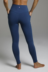 Duchess Sculpting Yoga Legging - OCeana back pocket