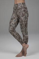 Kathryn 7/8 Yoga Legging in Leopard