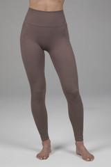 Seamless Yoga Leggings in Fawn