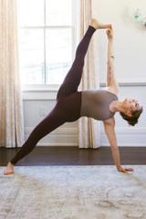 Aim True Yoga Outfit Kathryn Budig