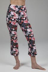 Spring Floral Pattern Cropped Yoga Pants