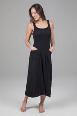 Square neck dress with pockets