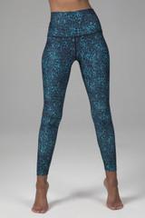 yoga legging in blue leopard