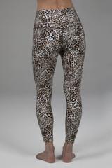 7/8 yoga legging in leopard