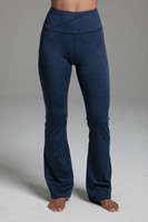 Ultra High Waist Goddess Bootcut (Iris Heather) cozy front view