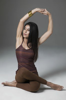 Tapestry Print Tank Top and Bronze Leggings Yoga Pose