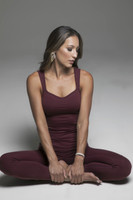 Duchess Sculpting Yoga Tank and Legging Yoga Outfit