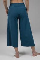 flowy yoga pant in blue