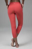 High Waist Sculpting Yoga Capri Pants in Pink