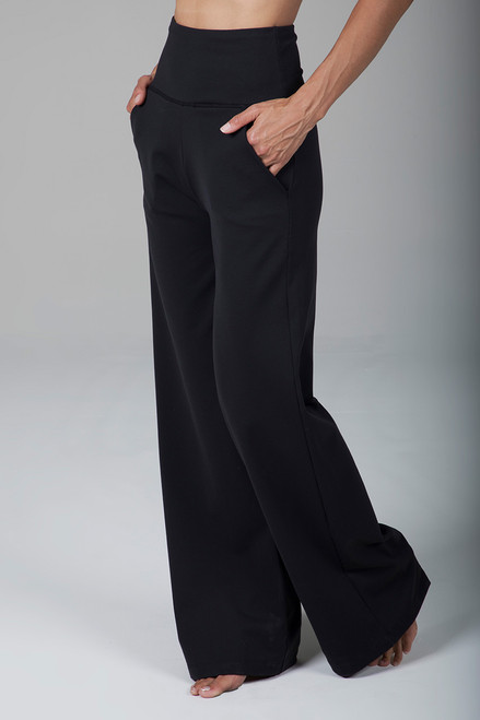 High Waist Wide Leg Yoga Pant in Black with Pockets