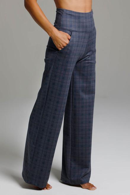 High Waist Wide Leg Pant (Navy Glen Plaid) side view pockets