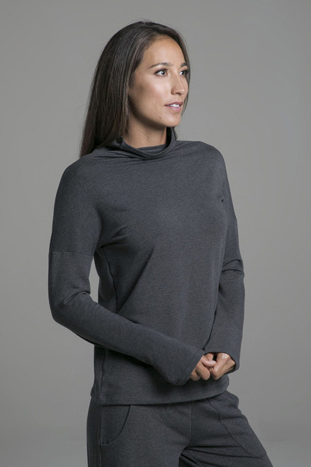 Cozy Funnel Neck Pull Over in Heather Grey
