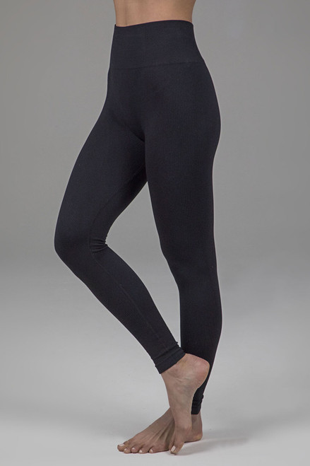 Hight intensity activewear in black
