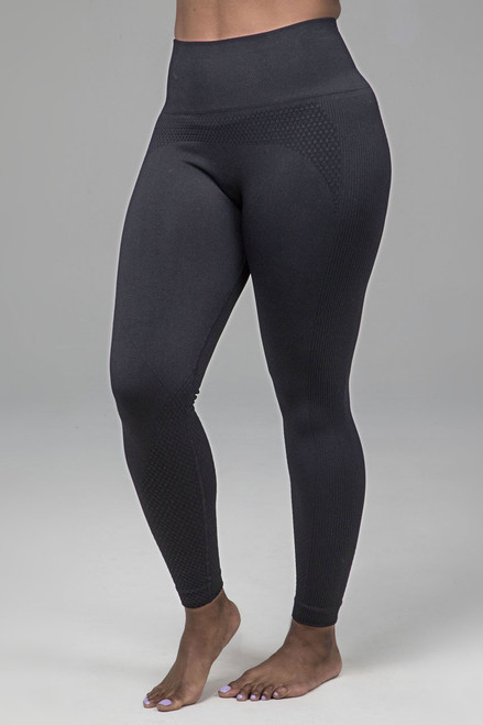 Kathryn Seamless Yoga Legging in Black