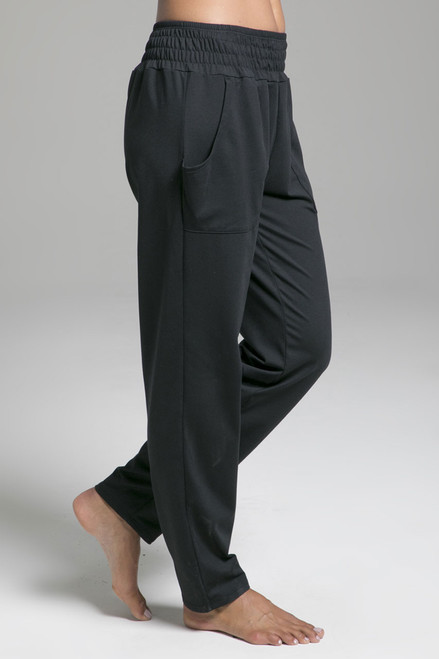 Knit Slouchy Pant in Black with Pockets side view
