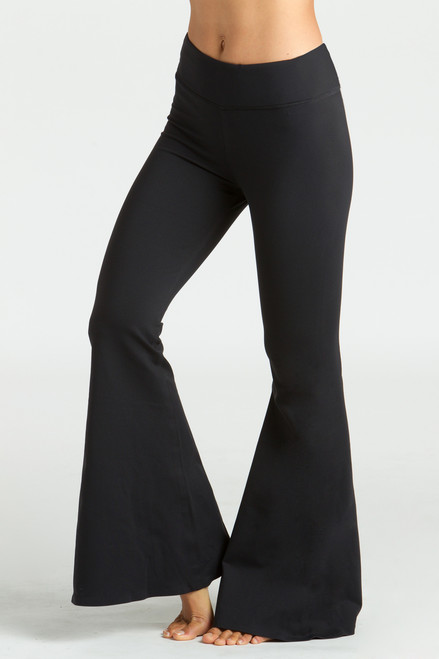 Grace Flare Yoga Pant in Black