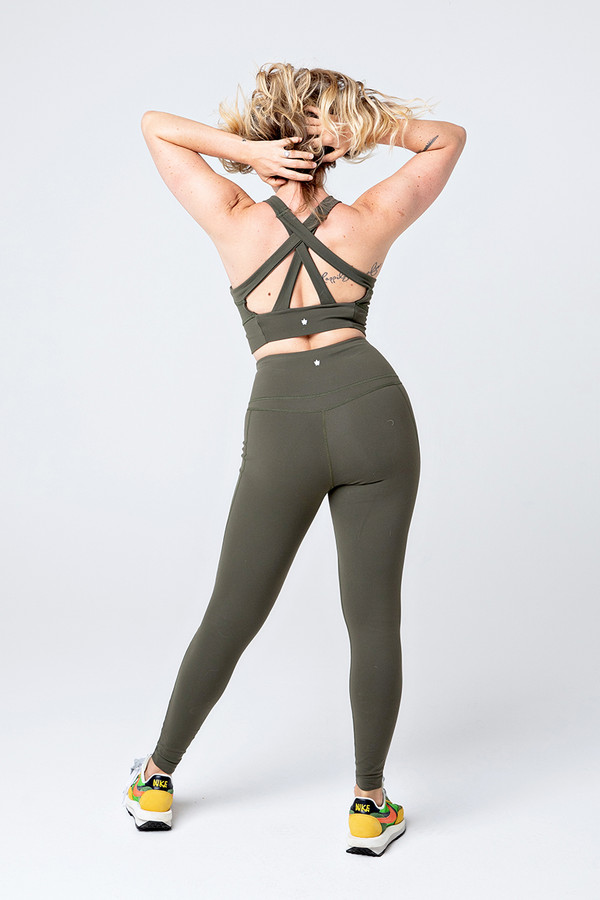 Slashed 7/8 Yoga Legging (Olive)