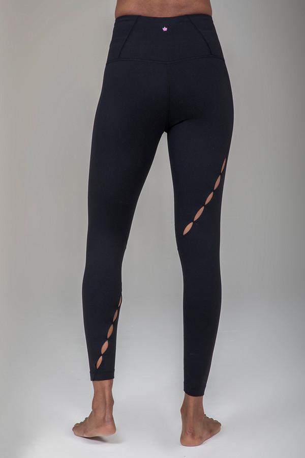 Seva Warrior 7/8 Yoga Legging in Black