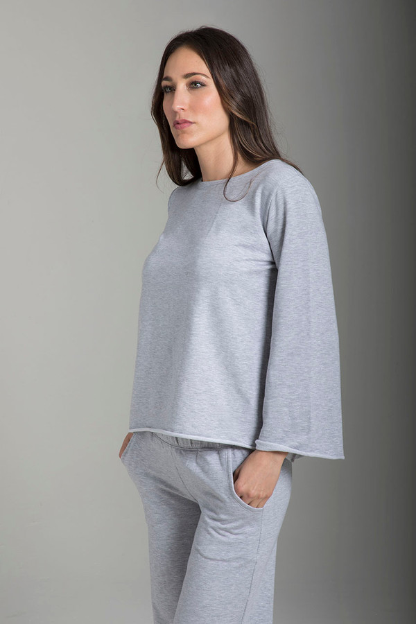 Comfortable Soft Workout Sweatshirt in Light Heather Grey