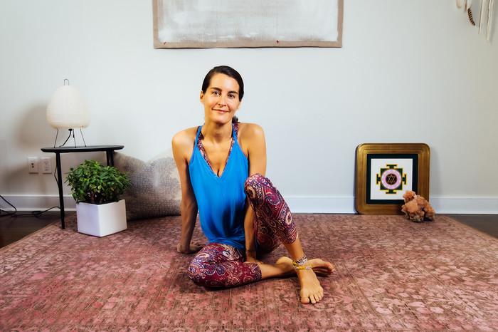 Blue Deep-V Yoga Cami and Paisley Legging Elena Brower
