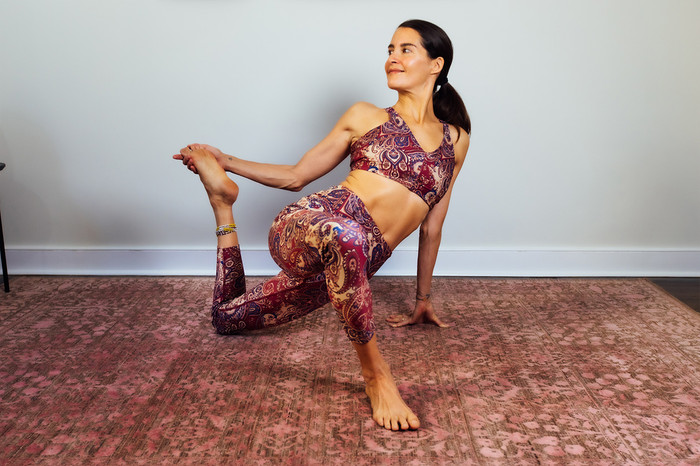 Moroccan Paisley Yoga Tight and Bra Set Elena Brower Yoga Pose