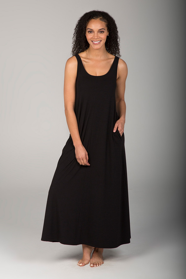 Scoop Neck Long Pocketed Little Black Dress