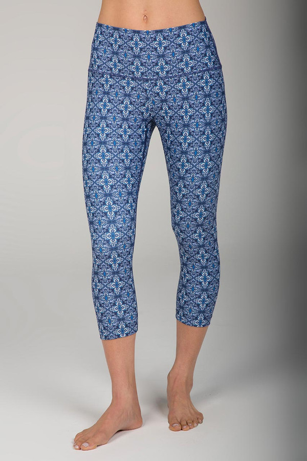 Blue Summer Print Yoga Capri Legging