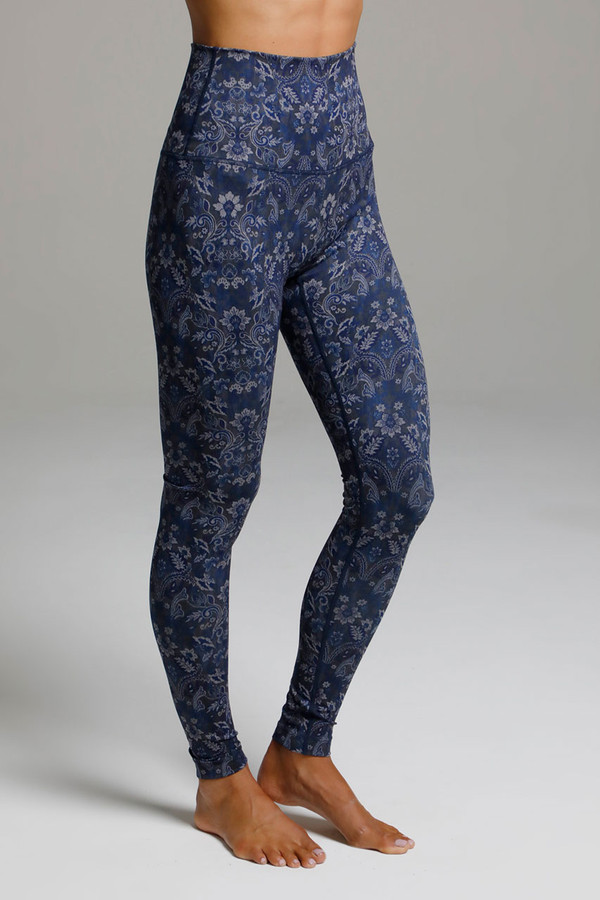 High Rise Compressive Yoga Tights in Navy Print