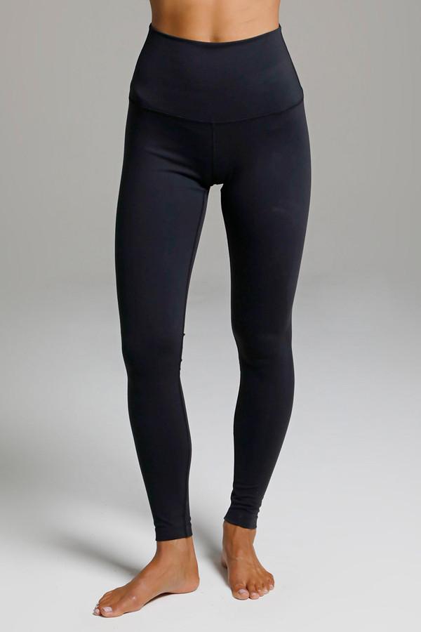 Renew Ultra High Waist Yoga Legging (Black) front