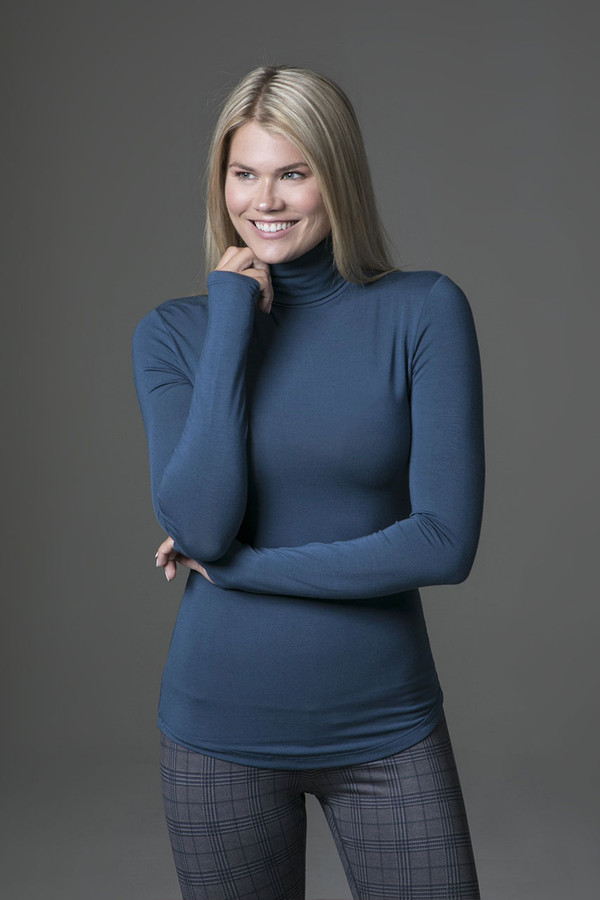 Grace Yoga Turtleneck (Oceana) front view