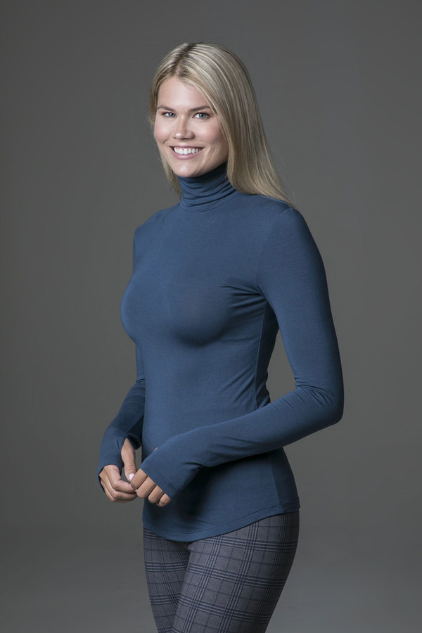 Grace Yoga Turtleneck (Oceana)