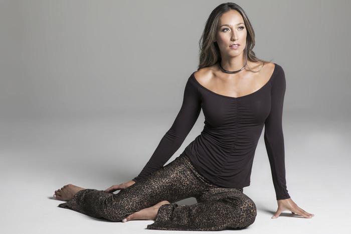 Mahogany V-Neck Long Sleeve and Leopard Print Yoga Pant Outfit