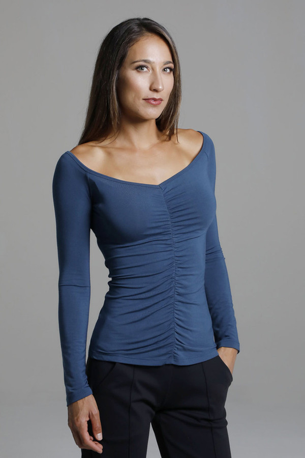 V-Neck Long Sleeve Yoga Shirt with Ruche Details