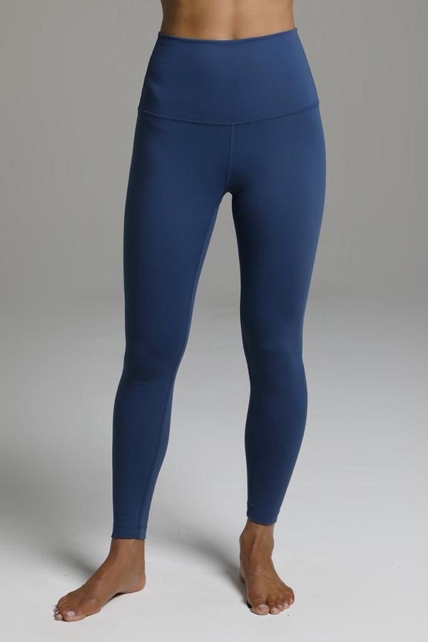 7/8 Length Yoga Leggings In Oceana front view