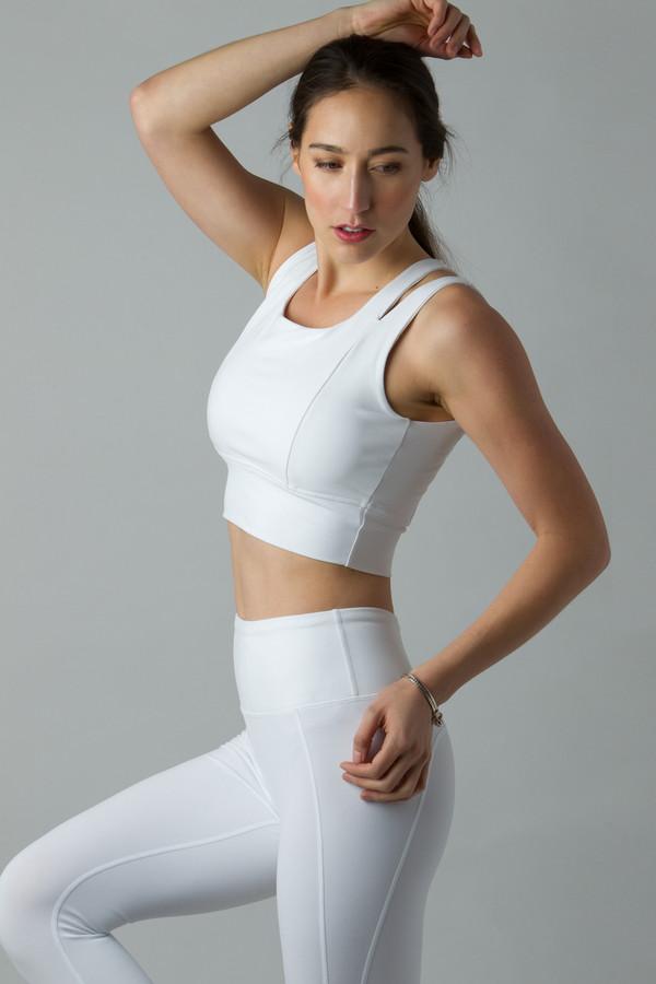 White Yoga Outfit Capris Leggings