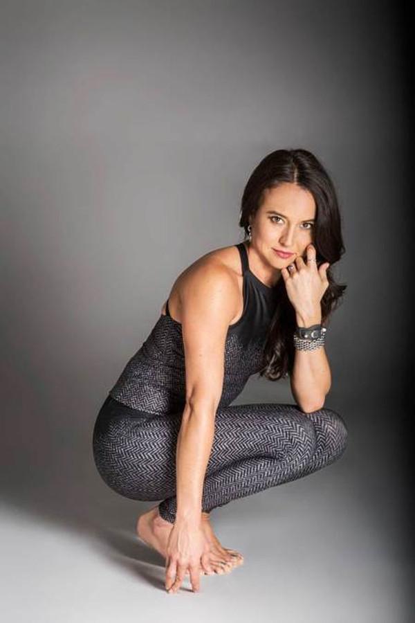 Tiffany Cruikshank wears the KiraGrace Herringbone Legging
