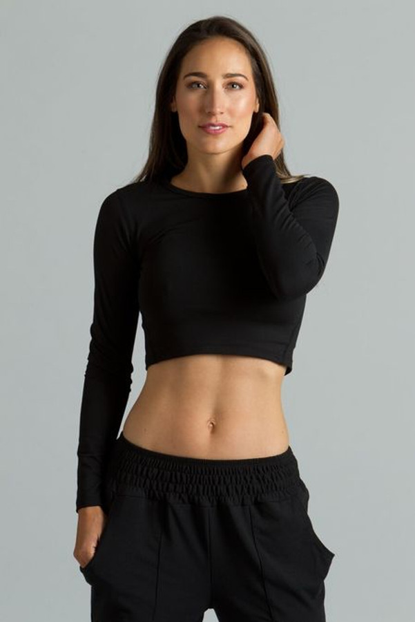Longsleeve Crew Yoga Crop Top in Black