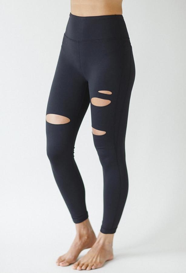 Slashed 7/8 Yoga Legging in Black