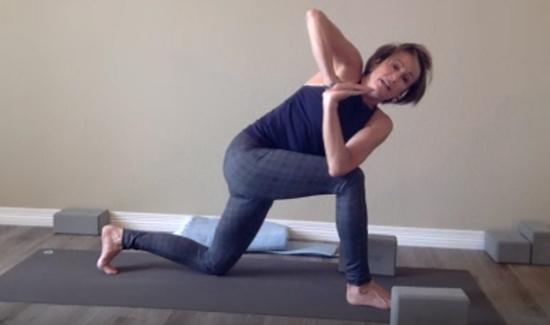 michelle-yoga-class.jpg