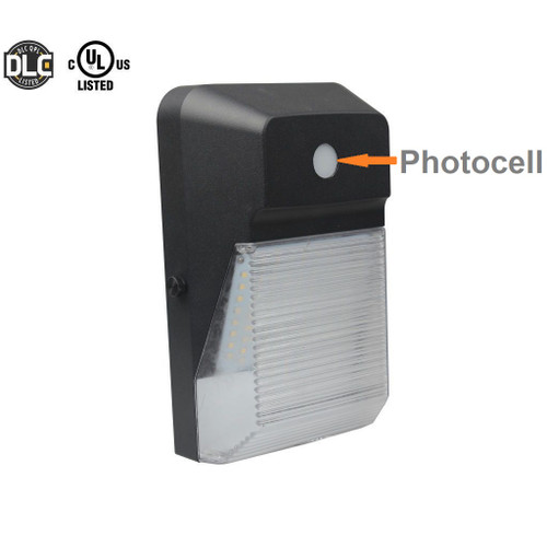 LED wall light with photocell