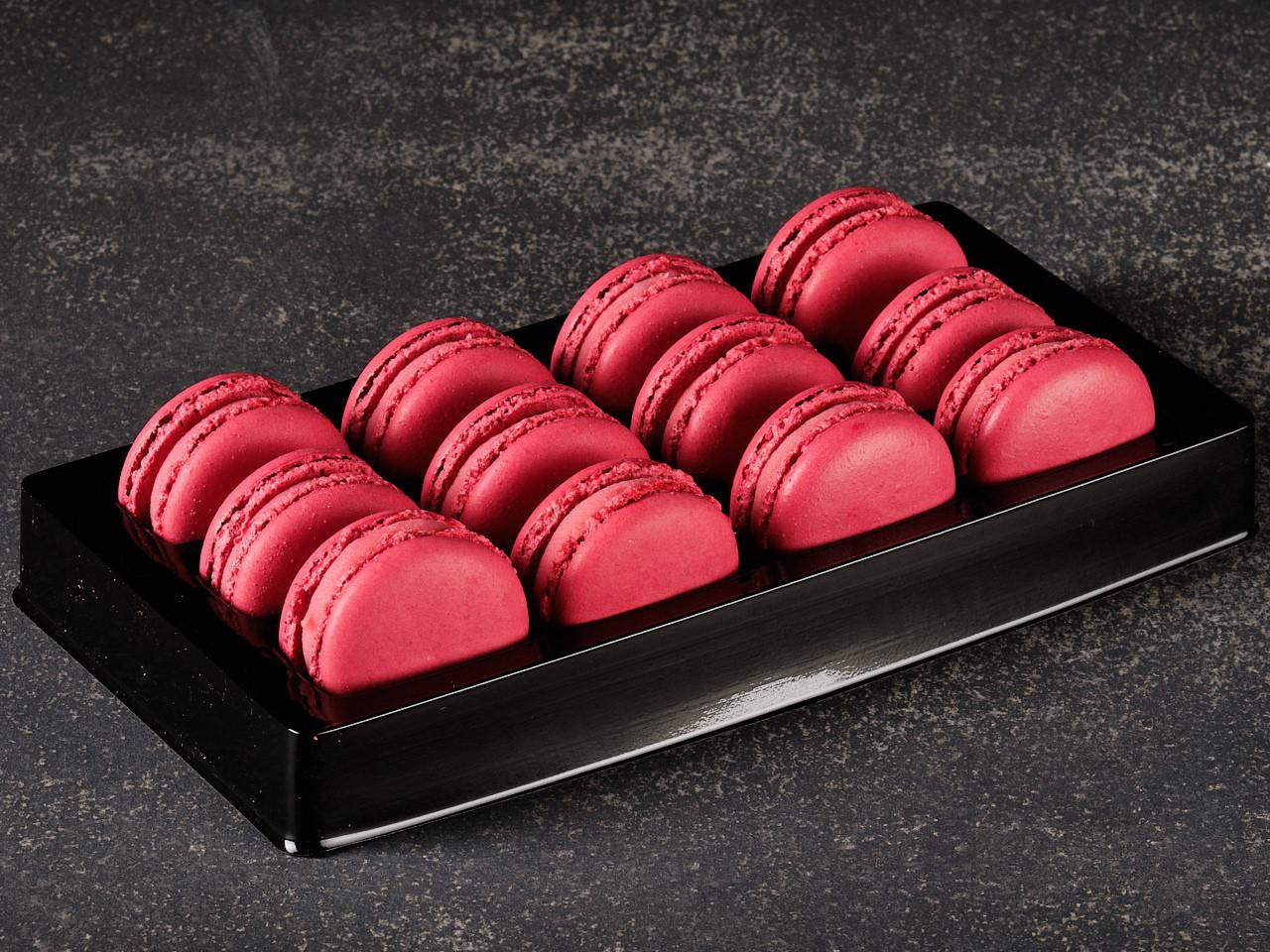 Red skin macarons